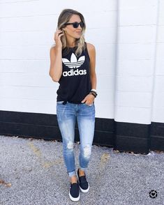 6c49d1a61392 Women S Fashion 2018 Pinterest  WomenSFashion40YearOlds Casual Outfits For  Moms