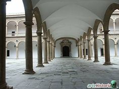 Alonso de Covarrubias. Hospital Tavera (Toledo). Galería divisoria de los dos patios con cubiertas de bóveda de arista (h. 1541).