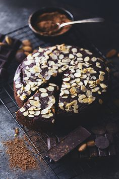 A rich, moist and fluffy chocolate cake was in order and this one ticks all the boxes! It is delicious, plant-based, naturally sweetened and gluten free. Cake for boss Chocolate Almond Cake, Almond Cakes, Gluten Free Chocolate, Vegan Chocolate, Chocolate Desserts, Fall Desserts, Vegan Desserts, Delicious Desserts, Vegan Recipes