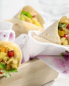 Deze wraps zijn gevuld met een verrassende omelet van ei en kokosmelk, blokjes aardappel en knapperige groentjes. De perfecte lunch!