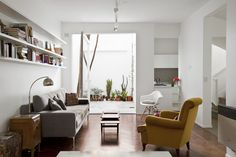 Image 13 of 22 from gallery of PH Olazabal / Ignacio Szulman arquitecto. Photograph by Francisco Nocito Living Room Goals, Living Spaces, Luxury Furniture, Furniture Design, Wardrobe Room, Interior Architecture, Interior Design, Apartment Interior, Beautiful Interiors