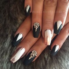 Mat i chrom na paznokciach to gorący trend w manicure! Przejrzyjcie najpiękniejsze wzory - Strona 7