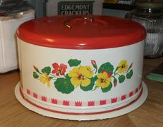 Cake Saver / Carrier - Red Gingham Check & Nasturtiums - 1940s
