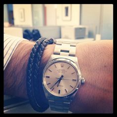 #carlscrush shows off his vintage #rolex and #tods bracelet to @vanityfair