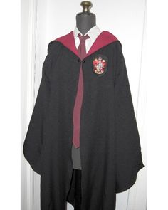 Harry Potter Robes pattern and instructions  http://www.burdastyle.com/projects/harry-potter-robes