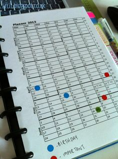 love this idea to keep an eye on what's happening throughout the year! Arc Notebook, Keep An Eye On, Happy Planner, Geek Stuff, Bullet Journal, Organization, How To Plan, Ocd, Notebooks