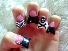 black sparkle tips with pink print designs <3