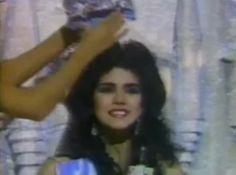 Astrid Carolina Herrera Miss Venezuela es Coronada como Miss World 1984.. By Antoni Azocar