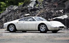 1966 Ferrari 365 tre-posti, only two of these are made...#treposti#threeseater#originalideas