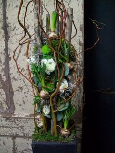 De leukste workshops in bloemschikken . ▾ ๑♡ஜ ℓv ஜ ᘡlvᘡ༺✿ ☾♡ ♥ ♫ La-la-la Bonne vie ♪ ❥ Easter Flower Arrangements, Beautiful Flower Arrangements, Floral Arrangements, Beautiful Flowers, Art Floral, Deco Floral, Floral Design, Diy Flowers, Spring Flowers