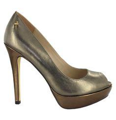 Zapato de piel Peep Toe en Dorado Oscuro con plataforma. Muy cómodo y elegante. Ref.5991 //Leather Peep Toe high heel with platform, in dark Gold. Very comfy and elegant. Ref.5991