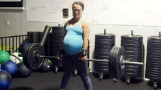 Lifting for two? Pregnant woman stuns with weight lifting at 40 weeks