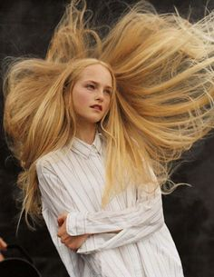 (via Pin by Vm Creation on Beautiful Fashion photography | Pinterest)