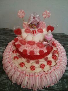 Tarta rosa para bautizo