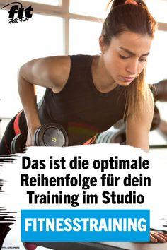 Workout: Die optimale Reihenfolge für dein Training im Studio - Carola Fitness Workouts, Full Body Hiit Workout, Insanity Workout, Best Cardio Workout, At Home Workouts, Studio Workouts, Triathlon, Biceps, Transformation Fitness
