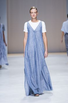 Amanda Laird Cherry   Spring Summer 2018    Look 9   Photo by Eunice Driver for South African Fashion Week South African Fashion, African Fashion Designers, Spring Summer 2018, Amanda, Zen, Cherry, Normcore, My Style, Prunus