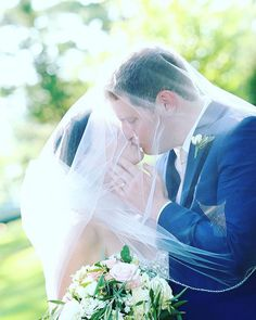 Real weddings by Monday Morning Flowers Morning Flowers, Monday Morning, Real Flowers, Special Events, Real Weddings, Photo And Video, Wedding Dresses, Image, Instagram