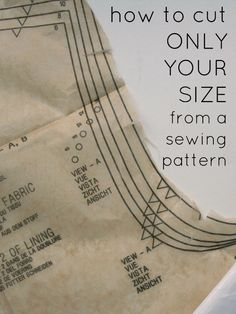 Sewing Techniques Couture Create / Enjoy: Sewing Circle: How to cut out your size from a pattern and leave it intact - How to preserve a pattern and cut out your size rather than cutting the paper. Sewing Hacks, Sewing Tutorials, Sewing Crafts, Sewing Tips, Sewing Ideas, Sewing Basics, Techniques Couture, Sewing Techniques, Do It Yourself Jewelry