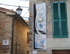 Mugnano, Umbria, Italia -  il paese dei Muri Dipinti