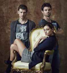 'The Originals' Couples: Conducted Poll Reveals Fans' Choice For Hayley, Is It Klaus or Elijah? http://sulia.com/channel/vampire-diaries/f/c9cf237d-5b60-4159-be46-61bc3b723661/?source=pin&action=share&btn=small&form_factor=desktop&pinner=54575851