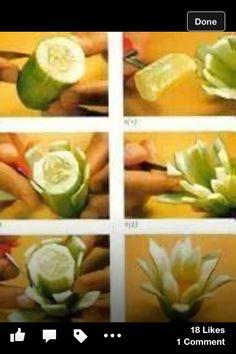 Cucumber flower Veggie Art, Fruit And Vegetable Carving, Food Design, Fruits Decoration, Vegetable Decoration, Cucumber Flower, Deco Fruit, Deco Buffet, Food Sculpture