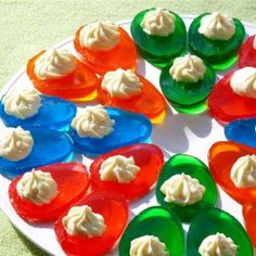 Jello Easter Eggs with Cream Cheese Filling! Jello Easter Eggs with Cream Cheese Filling! Jello Easter Eggs with Cream Cheese Filling! Jello Easter Eggs, Easter Food, Easter Party, Easter Dinner, Easter Table, Jello Egg Mold, Holiday Treats, Holiday Recipes, Holiday Desserts