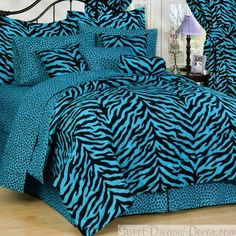 Blue Zebra Bedding (Twin, Twin XL, Full, Queen & Daybed sizes)