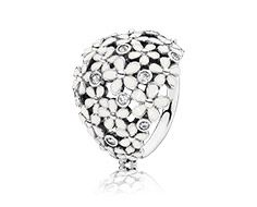 Daisy silver ring with cubic zirconia and white enamel