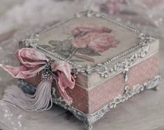 Antique looking handmade box , Romantic decoupage box with Romanovs, shabby chic decor, jewel… - Diy Jewelry Vintage Cajas Shabby Chic, Shabby Chic Boxes, Shabby Chic Crafts, Shabby Chic Bedrooms, Vintage Shabby Chic, Shabby Chic Style, Shabby Chic Furniture, Shabby Chic Decor, Decoupage Box