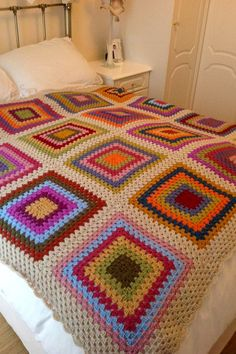 free and fabulous crochet blanket pattern ideas for winter part 13 ; crochet blanket patterns free atty s lots of free crochet patterns made by atty Crochet Square Patterns, Crochet Patterns For Beginners, Crochet Blanket Patterns, Manta Crochet, Crochet Baby, Knit Crochet, Free Crochet, Crochet Ripple Blanket, Knitted Blankets