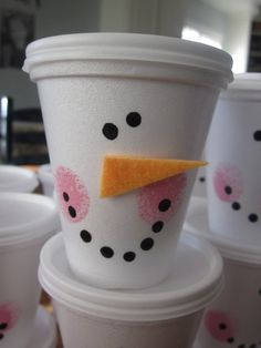 Snowman Cups with white coffee cups and lids...great gifts for kids...just fill with candy and little gifts