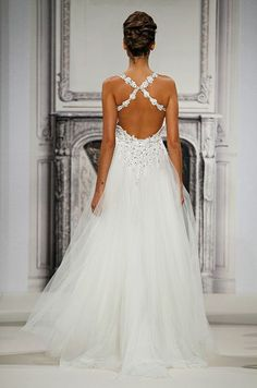 Pnina Tornai, Spring 2014 // Love this! The front is even more beautiful! Nobody does it like Pnina!:)) #wedding #weddingdress
