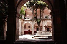 Francis_of_Assisi_Church,_Acambaro,_Guanajuato_State,_Mexico_20.jpg (1031×688)