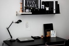 interior, working space, desk, copper, black, schreibtischdesgin, desktop design, working place inspiration, http://schwarzersamt.com/interior-working-space/