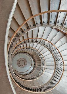Fotografía Spiral por Tomasz Przychodzień en 500px