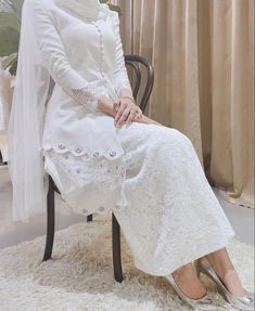 Muslimah Wedding Dress, Hijab Style Dress, Modest Fashion Hijab, Muslim Wedding Dresses, Modesty Fashion, Muslim Fashion, Dream Wedding Dresses, Bridal Dresses, Bridal Outfits