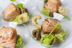 [Fingerfood] Lachs, Erbsen, Pilze, Beurre Blanc | Foodina
