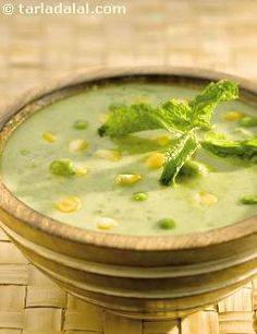 Pressure-cooked and puréed green peas combine well with corn to give a delightfully mild flavoured soup. Green peas being rich in fibre and iron, makes this soup a wise choice for weight watchers. Vegetarian Cooking, Vegetarian Recipes, Cooking Recipes, Healthy Recipes, Diabetic Recipes, Cooking Ideas, Healthy Soup, Healthy Eating, Clean Eating