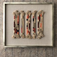 Made in Chile with linen, jute and metal. No glass. Weaving Art, Loom Weaving, Tapestry Weaving, Macrame Wall Hanging Patterns, Woven Wall Hanging, Hanging Art, Yarn Wall Art, Textile Fiber Art, Hanging Photos