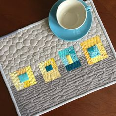 Teaginny Designs: modern quilted placemat