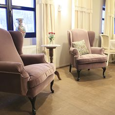 Pastel Chalet, Dalghiu, Brasov, Romania Wingback Chair, Armchair, Brasov Romania, Visit Romania, Recliner, Family Room, Accent Chairs, Pastel, Romantic