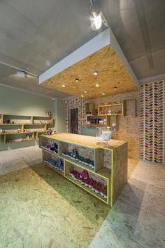 CEZAR SHOE STORE | concept & interiordesign by DETAIL | DARK Prolicht #lighting #project at Zedelgem BE
