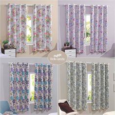 Para quem prefere cortinas coloridas, nossa Pratika Flower Slim são ideais!