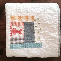 Had to include one tiny lobster in this Maine baby's quilt #theearlygirl #maine
