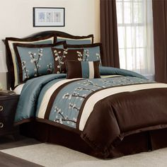 Do love this color combo.  From www.bedbathstore.com