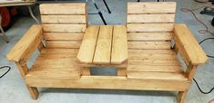 Double Chair Bench Plans - Step-By-Step Plans - Mis fotos - Garden Chair Wood Bench Plans, Wooden Chair Plans, Outdoor Furniture Plans, Woodworking Furniture Plans, Diy Furniture Plans Wood Projects, Pallet Furniture, Wood Benches, Diy Projects, Furniture Logo