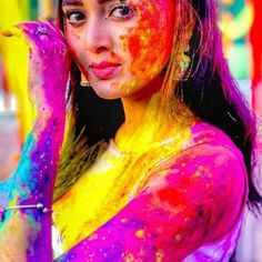 Beauty💕💕 Thank you Holi Festival Of Colours, Holi Colors, Cute Girl Poses, Cute Girl Pic, Portrait Photography Poses, Paint Photography, Holi Girls, Holi Pictures, Happy Holi Images