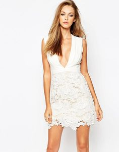 Missguided Plunge Neck Lace Dress