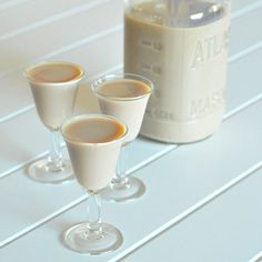 vegan Baileys Irish cream - I've tried a few recipes for vegan Bailey's, but they've all been gross.  The ingredients in this one sound awesome.