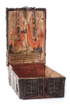 Coffret de messager en bois à estampe, avec une représentation de sainte Marguerite, vers 1490-1500, 12  x 18 x 26 cm. Estimation : 10 000/20 000 €. Dimanche 25 octobre, Louviers. Jean Emmanuel Prunier SVV.